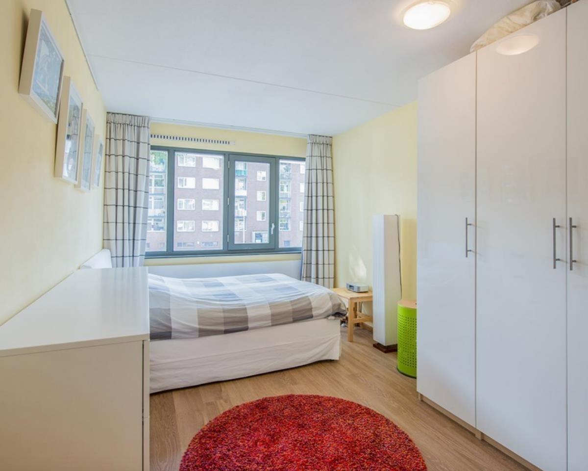 Kamer te huur in de Martini van Geffenstraat in Amsterdam
