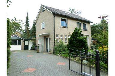 Kamer in Deventer, Gerard van Swietenstraat op Kamernet.nl: Te huur in luxe villa wijk leuke kamers dicht bij centrum