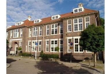 Kamer in Eindhoven, Julianahof op Kamernet.nl: Karakteristiek 3 kamer appartement in een