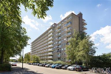 Kamer in Amstelveen, Van Heuven Goedhartlaan op Kamernet.nl: Gemeubileerd, licht 3-kamer appartement per 1 oktober beschikbaar!