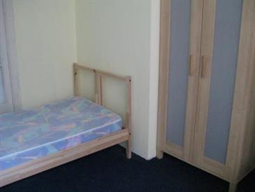 Kamer in Ukkel, Sterstraat op Kamernet.nl: Room For Rent - Short Duration Accepted