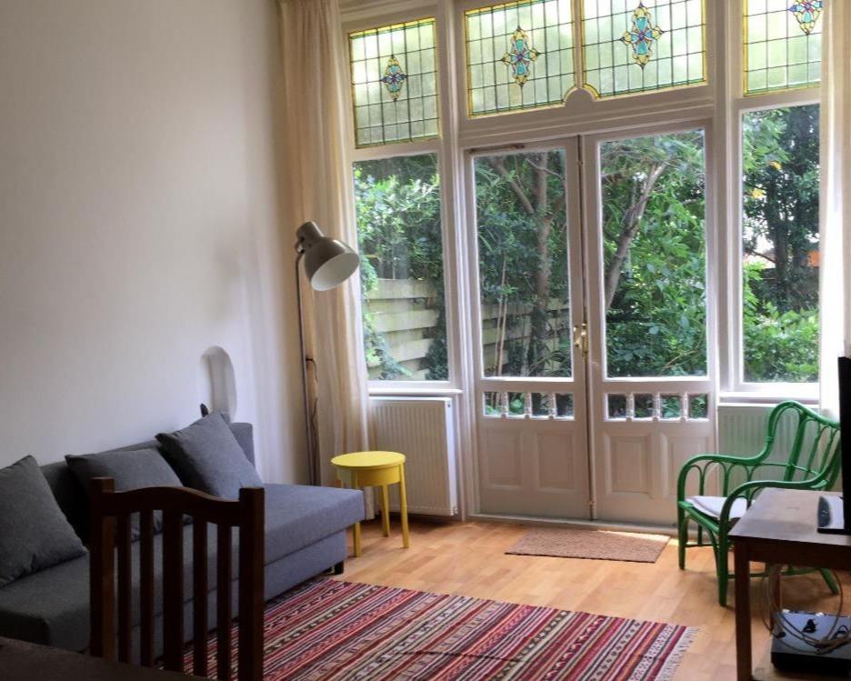 Kamer te huur in de Regentesselaan in Den Haag