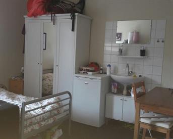 Kamer in Enschede, Schurinksdwarsweg op Kamernet.nl: Huize BB