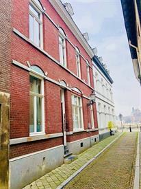 Kamer in Maastricht, Wycker Pastoorstraat op Kamernet.nl: Sfeervol en goed onderhouden appartement
