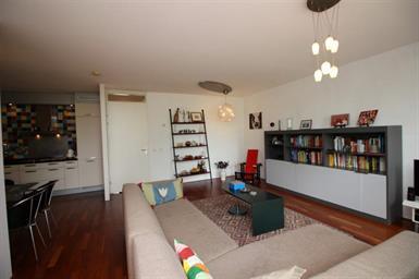 Kamer in Amsterdam, B. Merkelbachsingel op Kamernet.nl: Van dit leuke 3 kamer appartement wordt iedereen blij