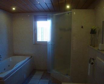 Kamer in Budel, Instraat op Kamernet.nl: nette kamer te huur in luxe huis