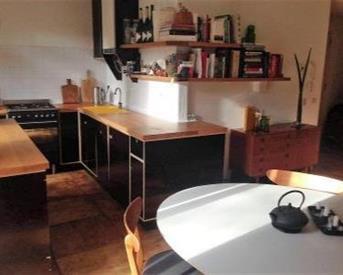 Kamer in Amsterdam, Eerste Atjehstraat op Kamernet.nl: gemeubileerde woonruimte 1 slaapkamer en tuin