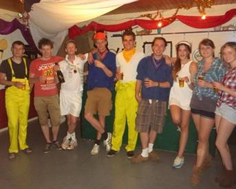 Kamer in Enschede, Calslaan op Kamernet.nl: Kamer op campus in gezellig studentenhuis!
