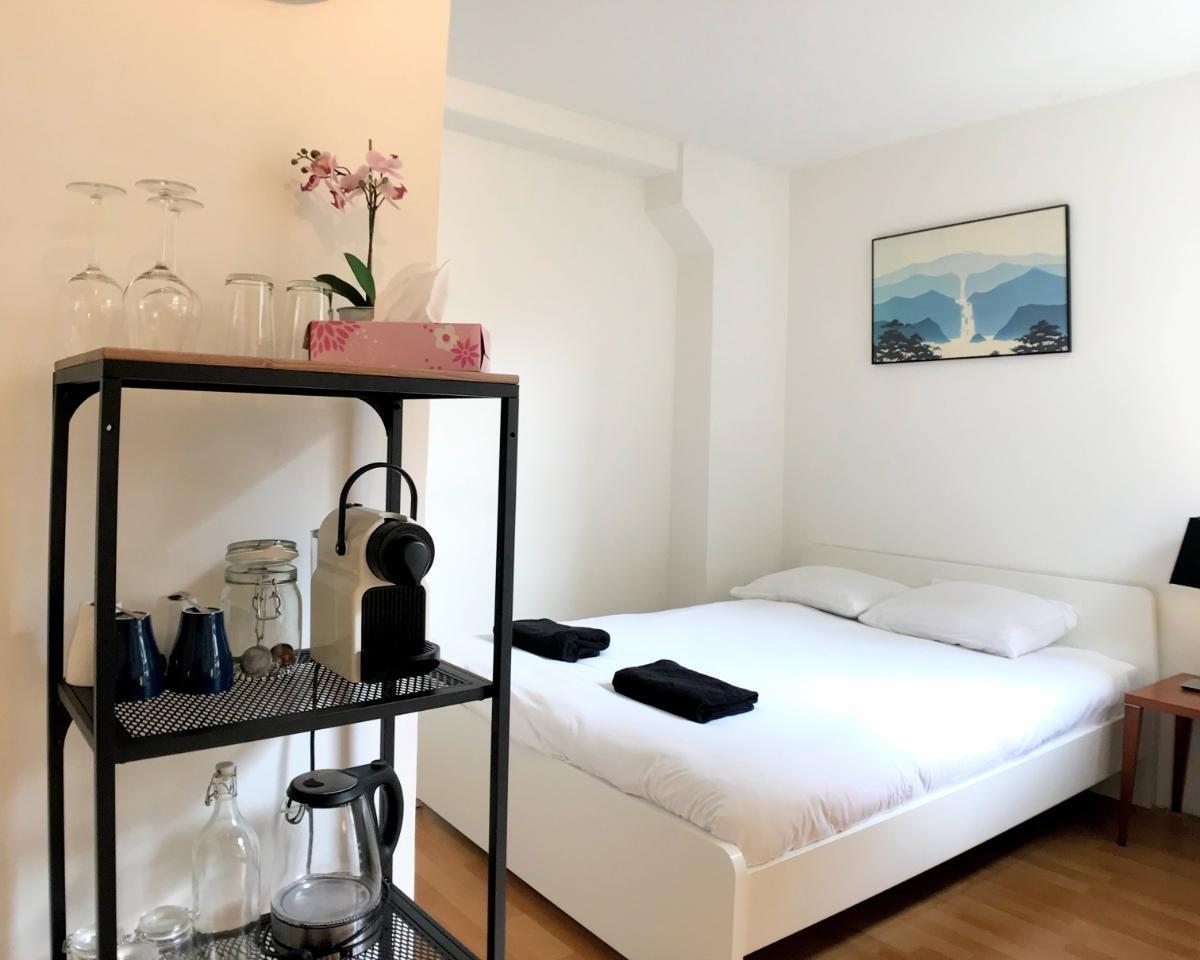 Kamer te huur in de Albert Cuypstraat in Amsterdam