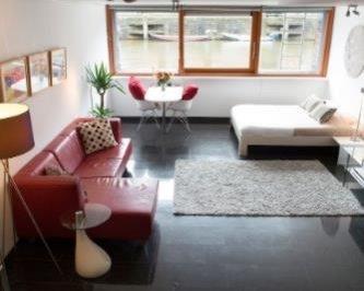 Studio aan Scheepstimmermanstraat in Amsterdam
