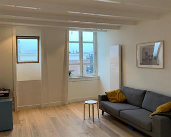 Kamer in Amsterdam, Albert Cuypstraat op Kamernet.nl: Stylish Modern 1Bedroom Apartment De Pijp