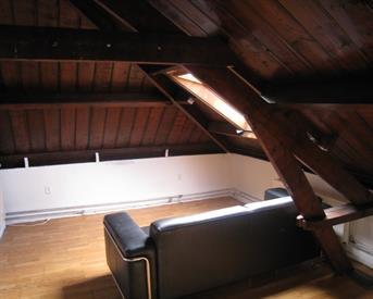 Kamer in Arnhem, Rijksweg-West op Kamernet.nl: zolder etage te huur in oud heren huis
