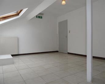 Kamer in Maastricht, Tongerseweg op Kamernet.nl: Ruime Studentkamer op 1STE Verdieping te HUUR
