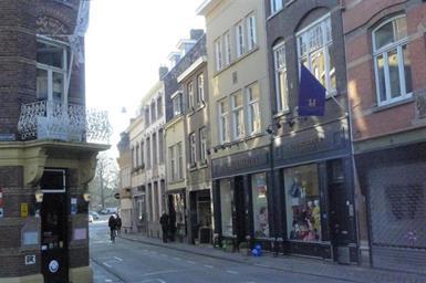 Kamer in Maastricht, Sint Pieterstraat op Kamernet.nl: Kamer in een studentenhuis in het centrum