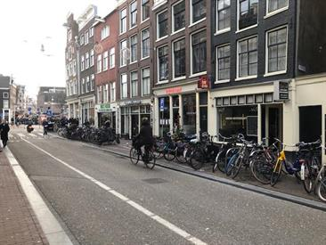 Kamer in Amsterdam, Haarlemmerstraat op Kamernet.nl: Loveley apartment ( 55m2) in the hart of the centre