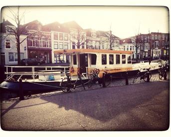 Kamer in Groningen, Voor 't voormalig klein Poortje op Kamernet.nl: 25 meter boot voor 3 personen