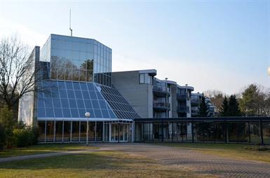 Kamer in Enschede, Oude Deldenerweg op Kamernet.nl: Zeer centraal gelegen appartementen
