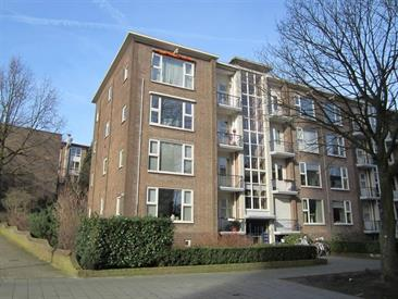 Kamer in Arnhem, Dr. J.C. Hartogslaan op Kamernet.nl: Centraal gelegen fraai afgewerkt 4 kamer appartement