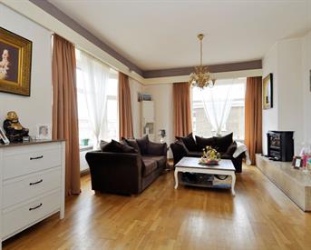 Kamer in Den Haag, Hoenderloostraat op Kamernet.nl: Ruim appartement te huur voor 4 personen!