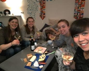 Kamer in Enschede, Delistraat op Kamernet.nl: Huize Phenix zoekt tijdelijke huisgenote!