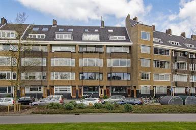 Kamer in Rotterdam, Rochussenstraat op Kamernet.nl: Gestoffeerd 3 kamer appartement op een TOP locatie!