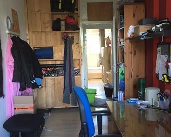 Kamer aan Menno ter Braaklaan in Delft