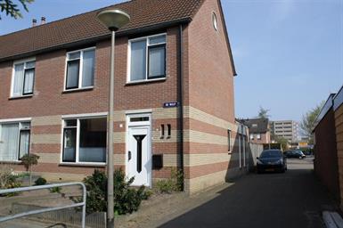 Kamer in Almelo, De Wulp op Kamernet.nl: Op goede locatie gelegen hoekwoning