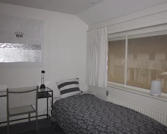 Kamer in Eindhoven, St Gertrudislaan op Kamernet.nl: gemeubileerde kamer met eigen doucheruimte