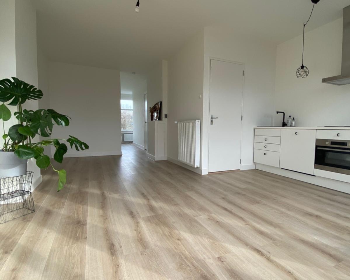 Kamer te huur aan de West-Varkenoordseweg in Rotterdam