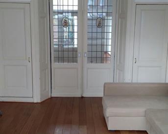 Kamer in Delft, Hugo de Grootstraat op Kamernet.nl: Nette gestoffeerde drie-kamer appartement BG