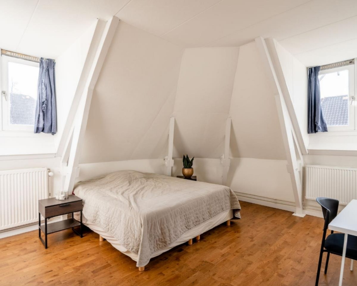 Kamer te huur in de Eksterstraat in Amsterdam