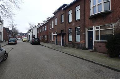 Kamer in Eindhoven, St Lambertusstraat op Kamernet.nl: Goed onderhouden, vooroorlogse eengezinswoning met tuin