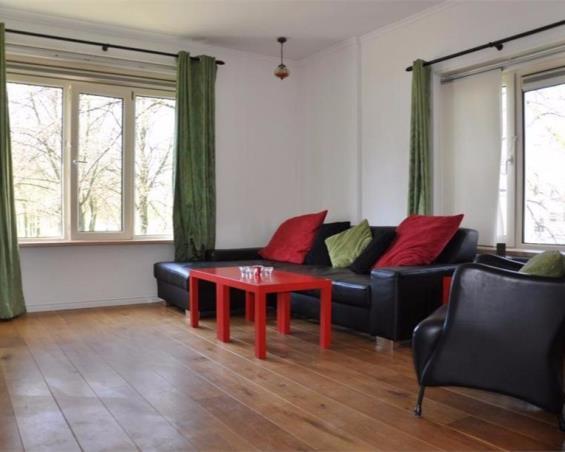 Kamer aan Johannes Meewisstraat in Amsterdam