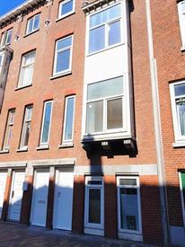 Kamer in Rotterdam, Zuidhoek op Kamernet.nl: Volledig gerenoveerde 3 slaapkamer bovenwoning