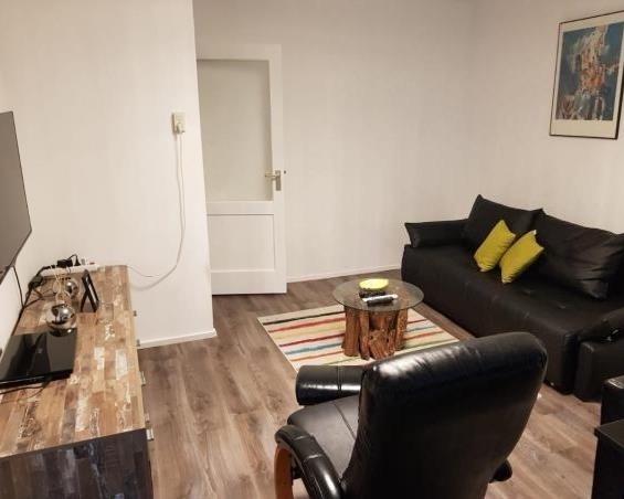 Appartement aan Van Adrichemweg in Rotterdam