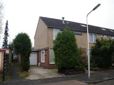 Kamer in Hilversum, Comeniushof op Kamernet.nl: Zeer ruime hoekwoning met voor- en achtertuin