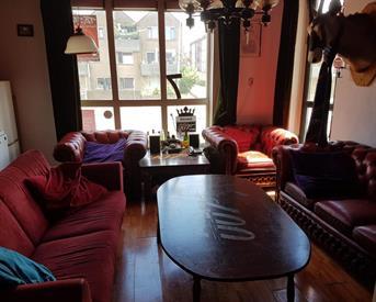 Kamer in Enschede, Wilhelminastraat op Kamernet.nl: Heerenhuis Double-U-Seven