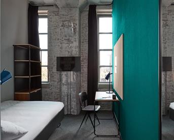 Kamer in Maastricht, Sphinxcour op Kamernet.nl: Volledig ingerichte kamer met eigen badkamer
