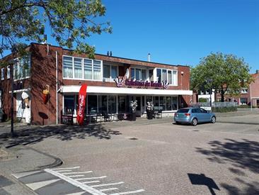 Kamer in Enschede, Wethouder Nijhuisstraat op Kamernet.nl: Verrassend ruim gemeubileerd vierkamerappartement