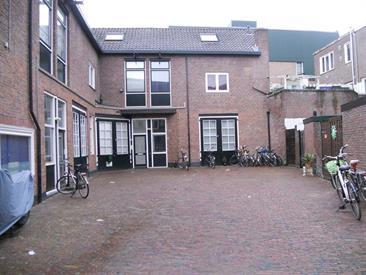 Kamer in Hilversum, Ruitersweg op Kamernet.nl: Ruim appartement op 2e en 3e verdieping