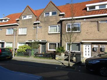 Kamer in Eindhoven, Pioenroosstraat op Kamernet.nl: Gemeubileerde kamer, in een huis in Eindhoven met