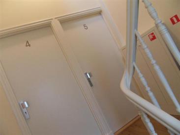 Kamer in Den Haag, 2e Schuytstraat op Kamernet.nl: Leuk, volledig gerenoveerd, 1-slaapkamer appartement