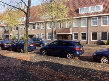 Kamer in Amsterdam, Newtonstraat op Kamernet.nl: Gestoffeerd 3-slaapkamer maisonnette appartement met ruime zolder