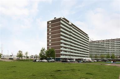 Kamer in Schiedam, Vlaardingerdijk op Kamernet.nl: Gemeubileerd 2 kamer appartement te huur