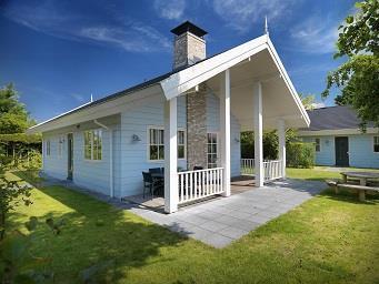 Kamer in Noordwijk, Duinweg op Kamernet.nl: Vrijstaande (80m2) gelijkvloerse bungalow met open haard