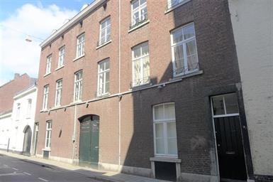 Kamer in Maastricht, Calvariestraat op Kamernet.nl: Leuke kamer gelegen op de tweede etage