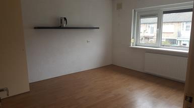 Kamer in Utrecht, Van Kleffenslaan op Kamernet.nl: Mooie ruime kamer te huur van 17vm inclusief ingebouwde kast