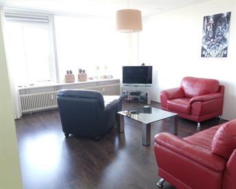 Kamer in Leiden, Jacques Urlusplantsoen op Kamernet.nl: Gezellige kamer in luxe appartement