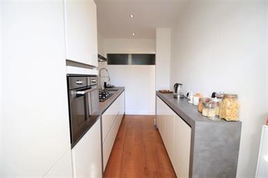 Kamer in Amsterdam, Hoofdweg op Kamernet.nl: Bright and cozy 1-bedroom apartment for rent