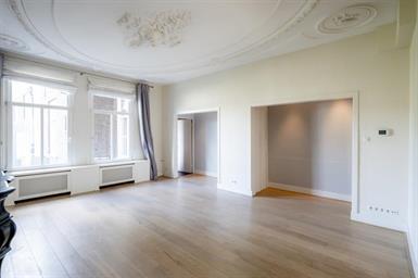 Kamer in Amsterdam, Leliegracht op Kamernet.nl: Absolute toplocatie in de Jordaan!!
